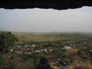 Blick aus der Grotte, auf den Ort Rhumsiki